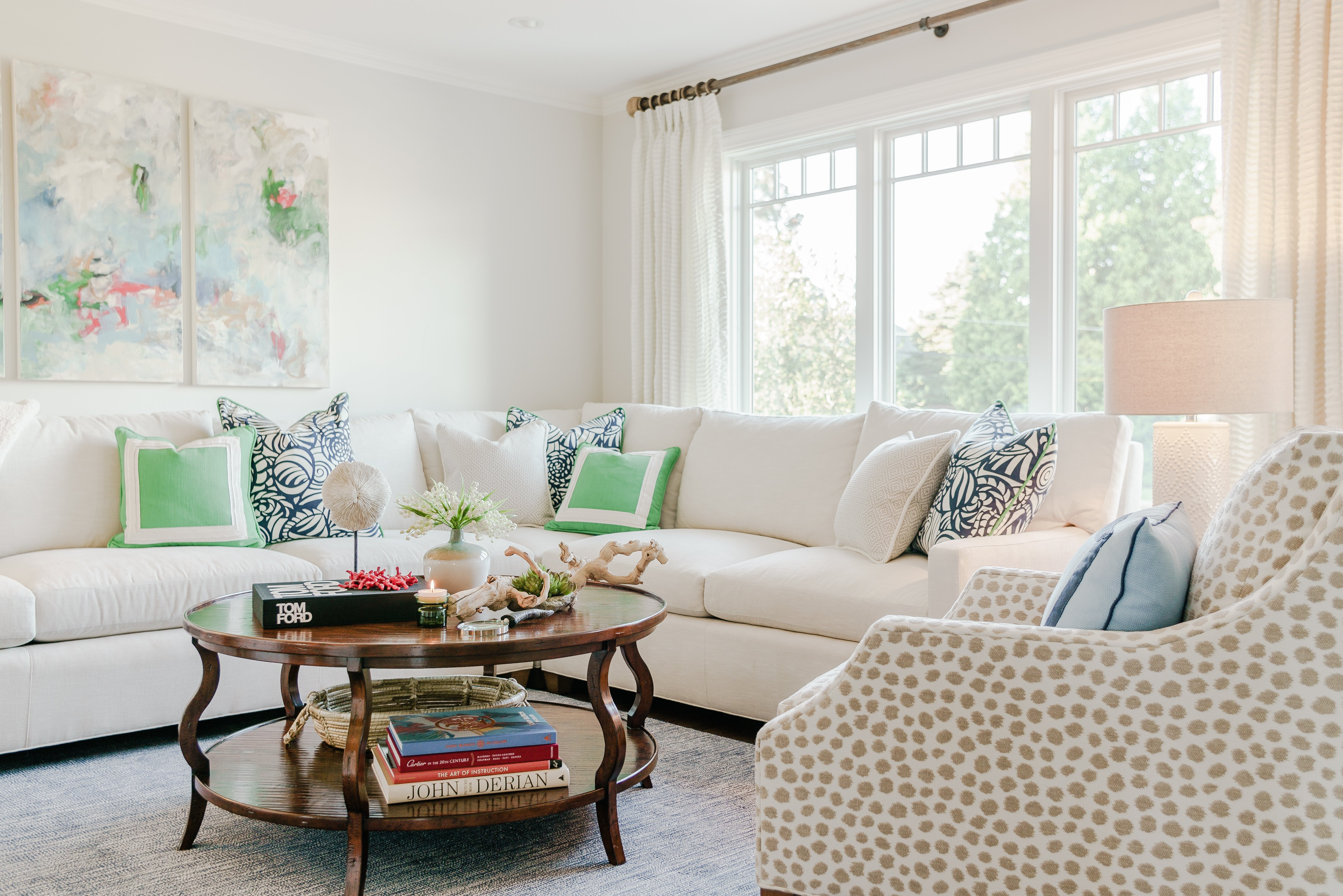 8 Expert Tips for Styling a Classic Space