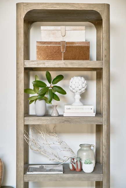 interior-design-budget-styled-bookcase-accessories-furnishings